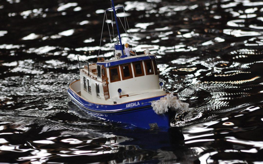 3D Printed RC Tugboat